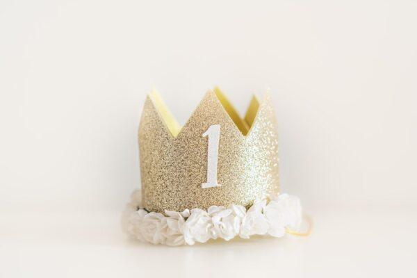 Corona cumpleaños 24